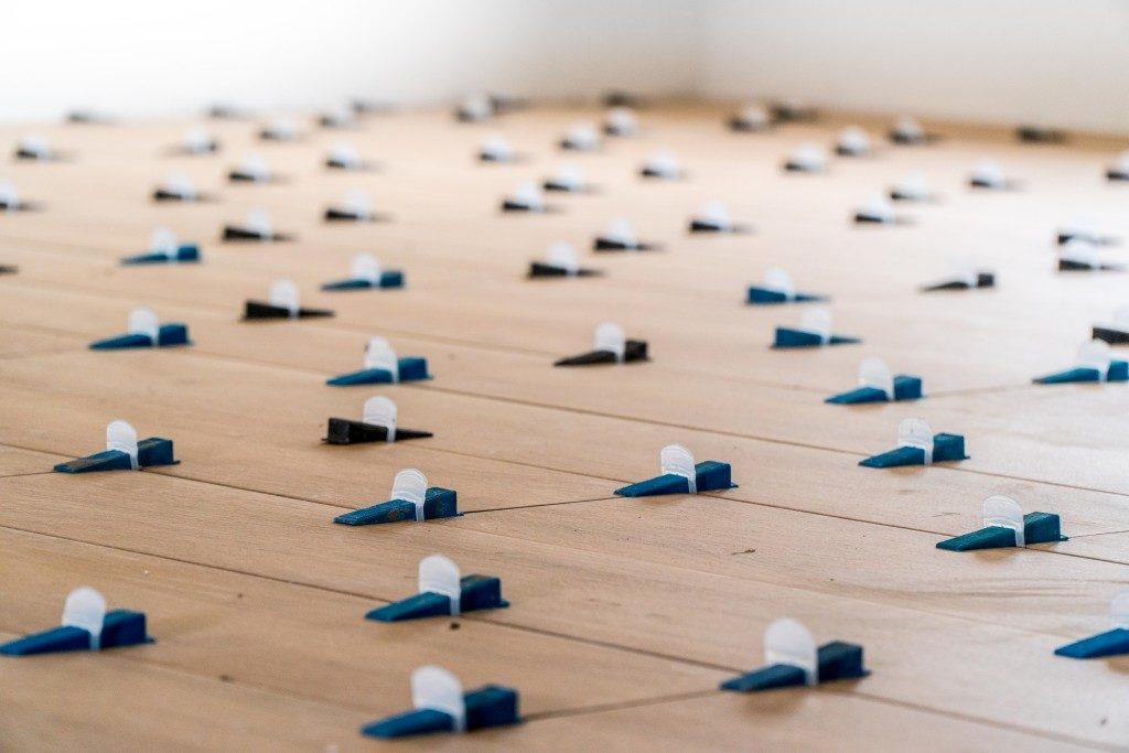 Tile level strips
