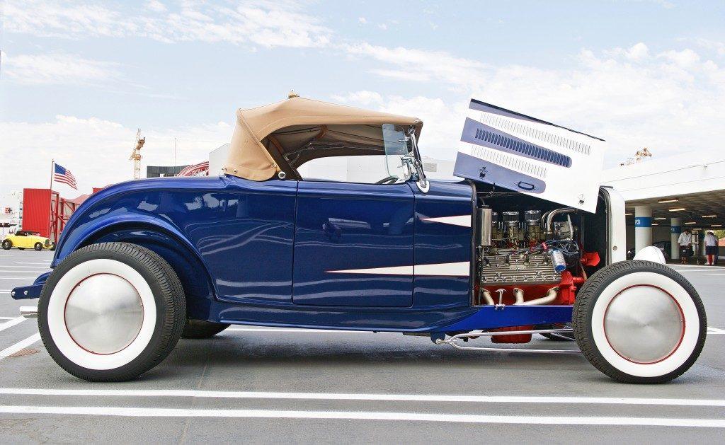 restoring old car