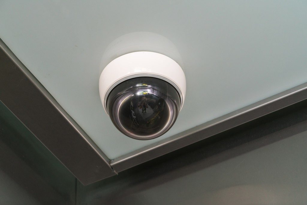 cctv on the ceiling