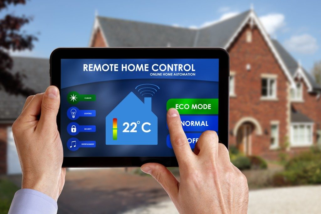 Remote home control on the ipad